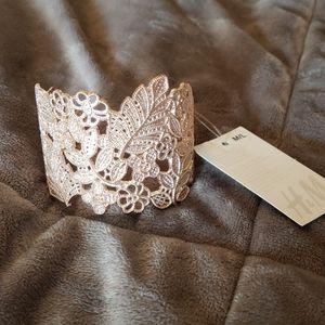 NWT H&M rose gold cuff bracelet